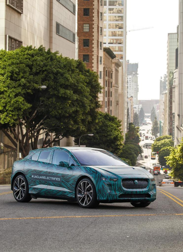 jaguar_i-pace_ride_electric_motor_news_23