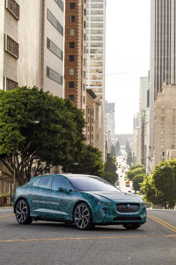 jaguar_i-pace_ride_electric_motor_news_25