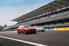 Jaguar_I-PACE_Tesla_Model_X_electric_motor_news_02
