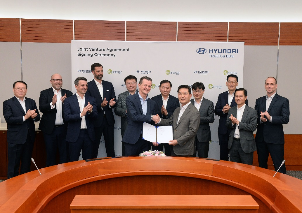 Hyundai-Motor-and-H2-Energy-Sign-Joint-Venture-Contract