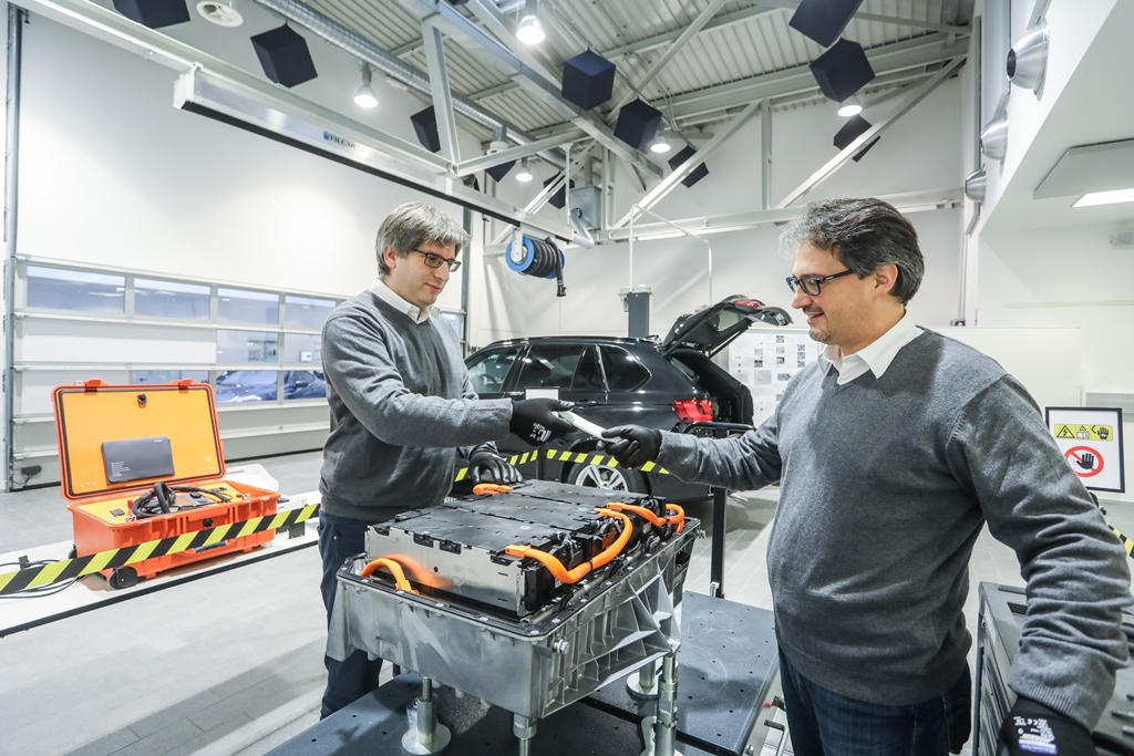bmw_technology_innovation_los_angeles_electric_motor_news_18