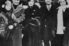 Charlie Chapin (a sinistra) ed Andre Citroen (a destra) in vacanza con le rispettive famiglie