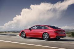 audi_a7_sportback_55_tfsi_e_quattro_s_tronic_electric_motor_news_02