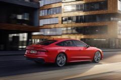 audi_a7_sportback_55_tfsi_e_quattro_s_tronic_electric_motor_news_12