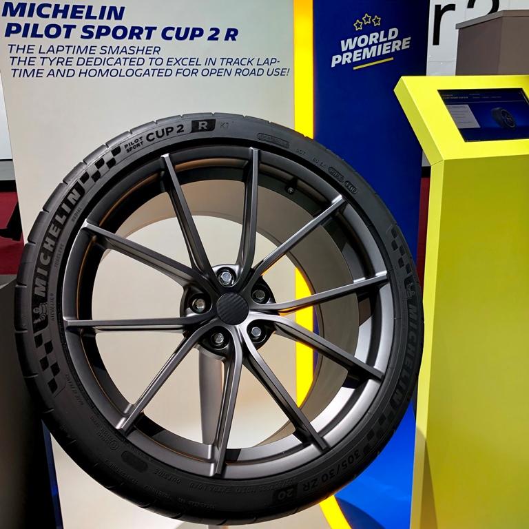 pilotsportcup2r