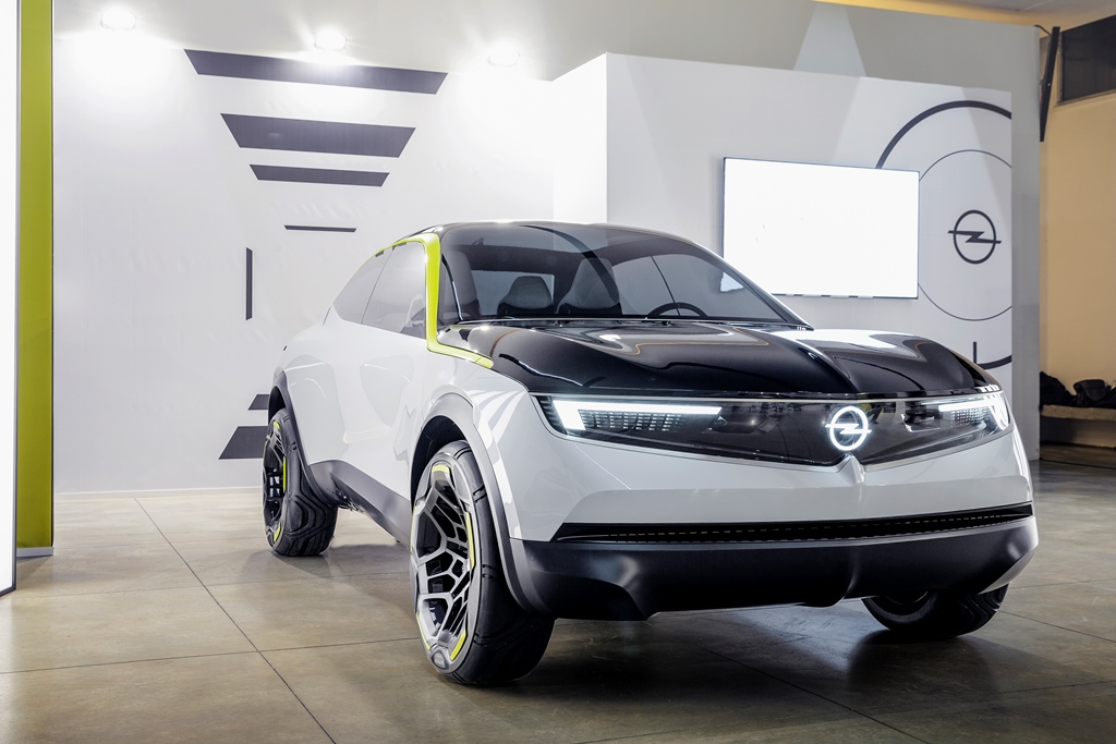 opel_gt_x_experimental_electric_motor_news_02