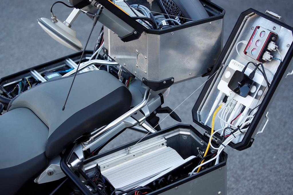 bmw_motorrad_guida_autonoma_05