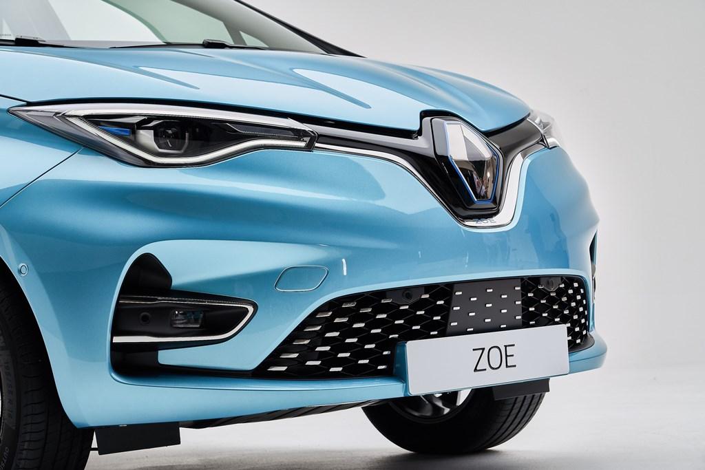 Nuova ZOE - Il piacere della guida 100 % elettrica assume una nuova dimensione