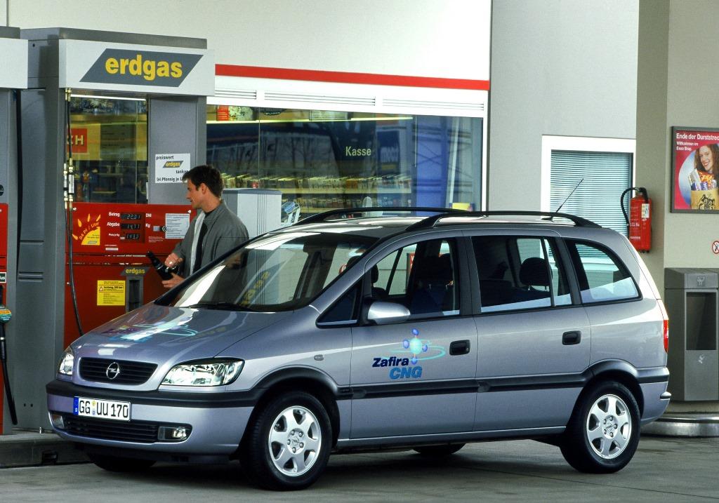 Opel-Zafira-61681