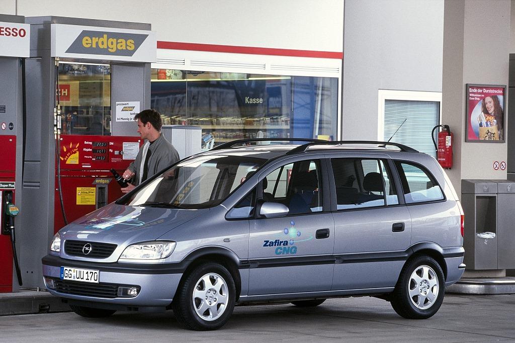 Opel-Zafira-61720