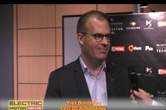 1 Yves Bonnefont
