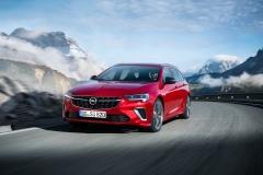 Le-soluzioni-Opel-per-la-trazione-su-Insignia-Zafira-Life-e-le-altre__1