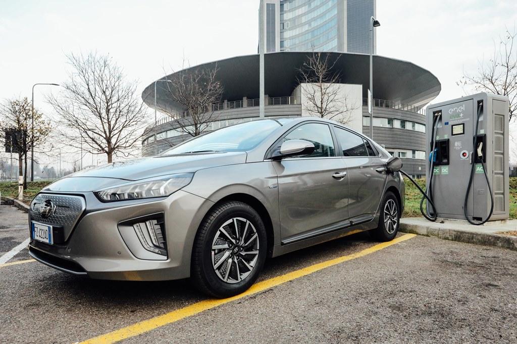 hyundai_ioniq-electric_motor_news_07