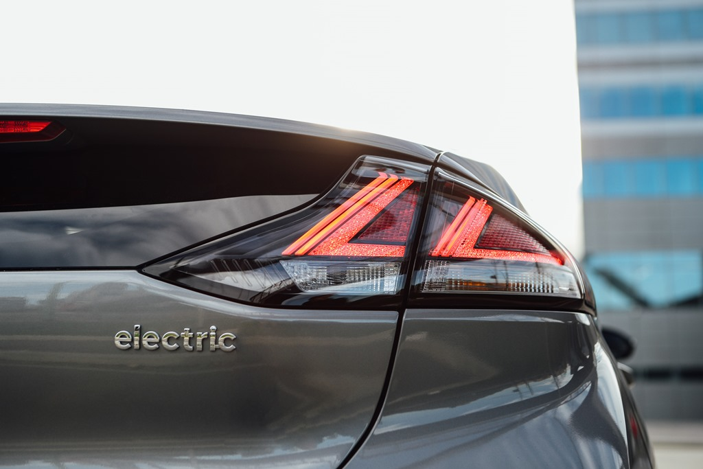 hyundai_ioniq-electric_motor_news_13
