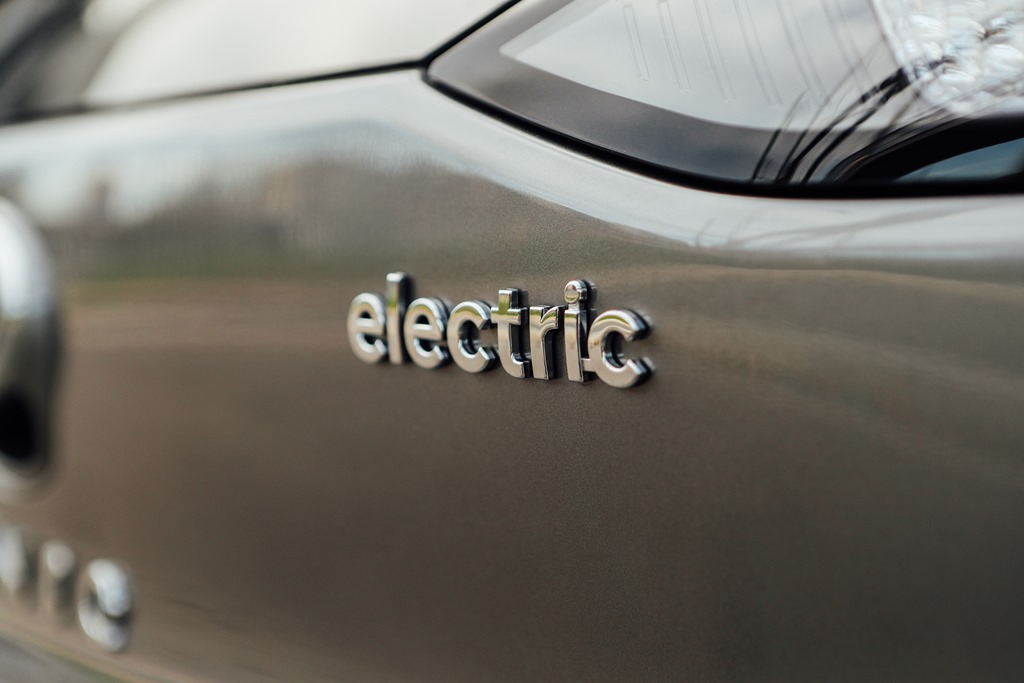 hyundai_ioniq-electric_motor_news_14