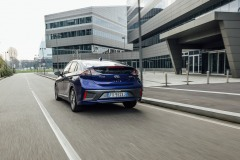 hyundai_ioniq_hybrid_electric_motor_news_07
