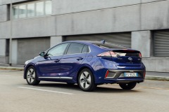 hyundai_ioniq_hybrid_electric_motor_news_10