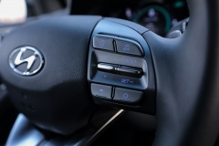 ioniq_plug_in_electric_motor_news_17