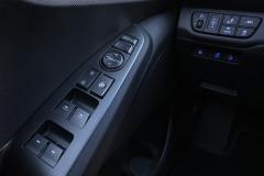 ioniq_plug_in_electric_motor_news_20