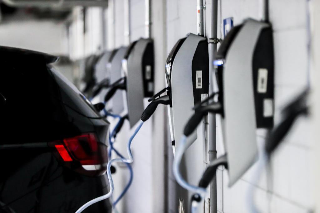 sede_bmw_italia_elettrificata_electric_motor_news_08