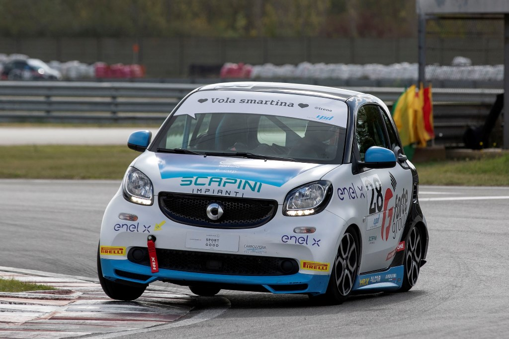 smart_eq_fourtwo_e-cup_magione_electric_motor_news_04