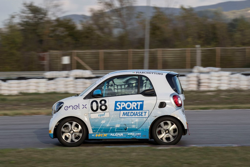 smart_eq_fourtwo_e-cup_magione_electric_motor_news_05