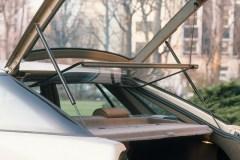 XM-berlina-portellone-posteriore-e-lunotto-interno-aperti