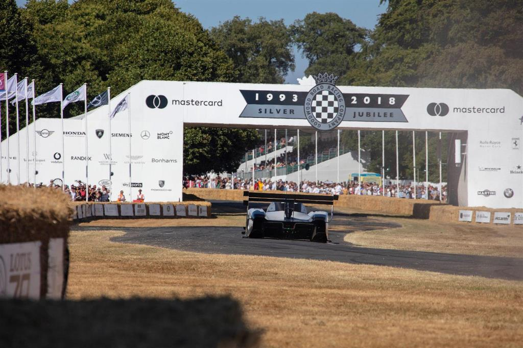 volkswagen_id_r_pikes_peak_goodwood_electric_motor_news_03