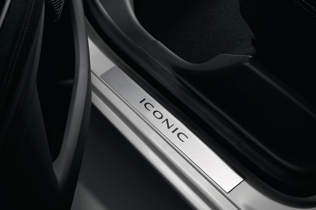 2018 - Renault ZOE - Série Limitée ICONIC