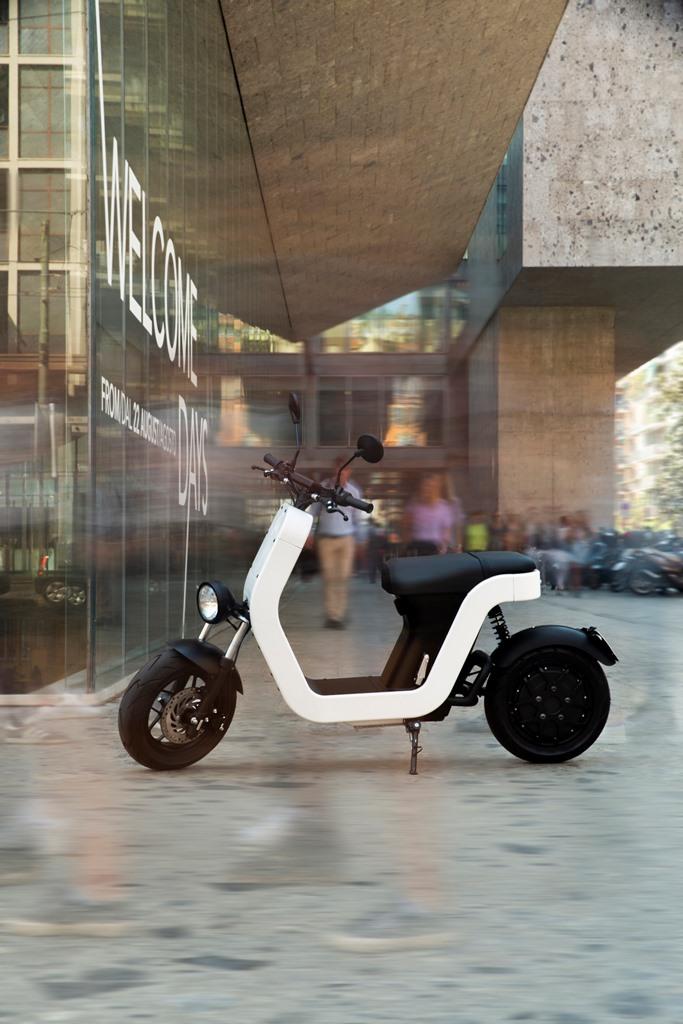 ME-Scooter-Elettrico-Milano-6