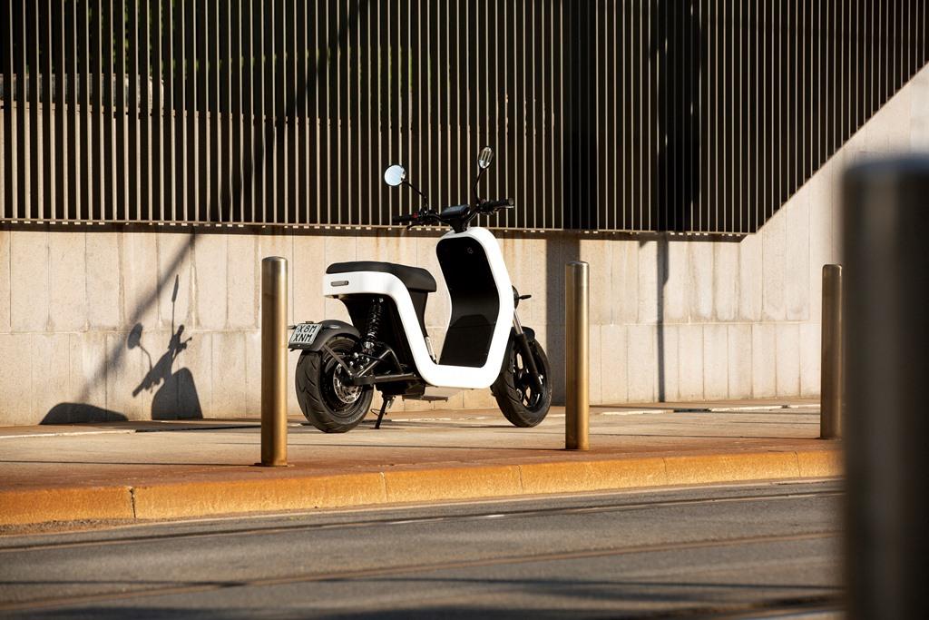 ME-Scooter-Elettrico-Milano-9