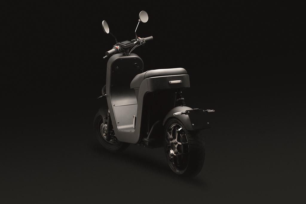 ME-Scooter-Elettrico-Studio-4