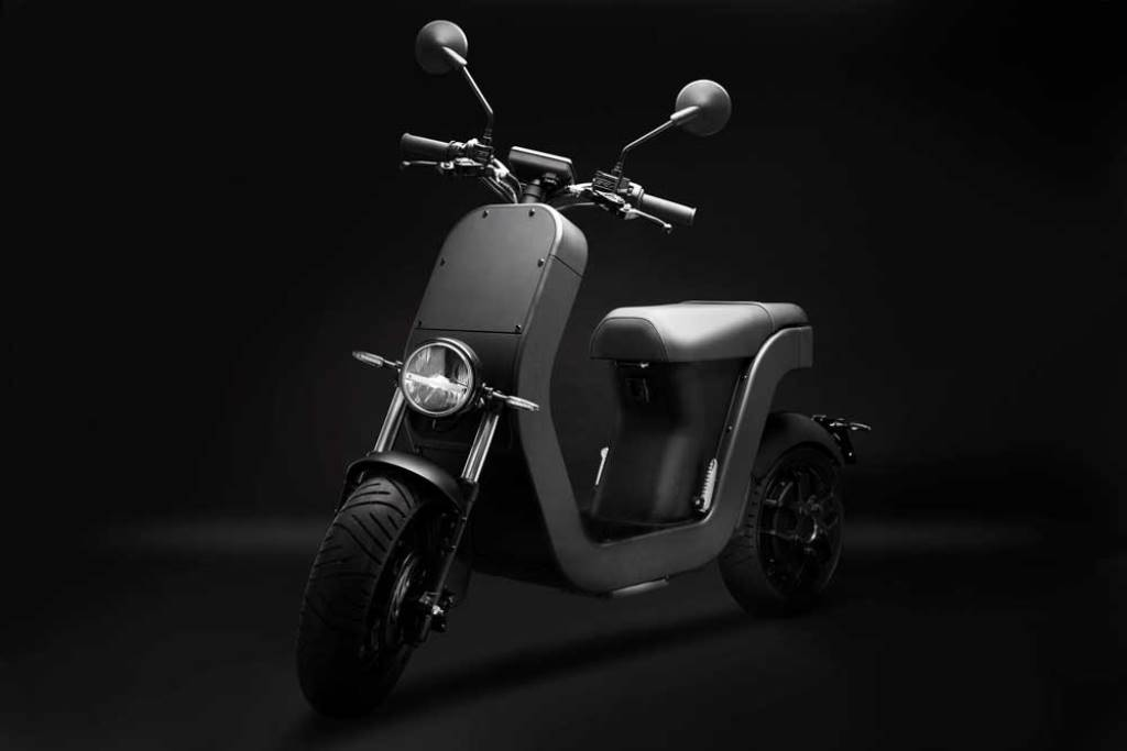 ME-Scooter-Elettrico-Studio-5