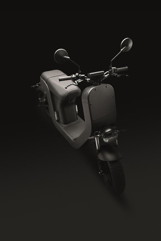 ME-Scooter-Elettrico-Studio-7