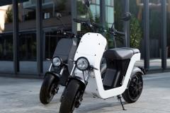 ME-Scooter-Elettrico-Milano-8