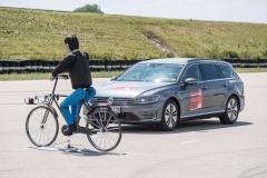 aeb_cyclist_bosch