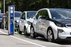 ywotno-w-akumulatorach-samochodw-elektrycznych