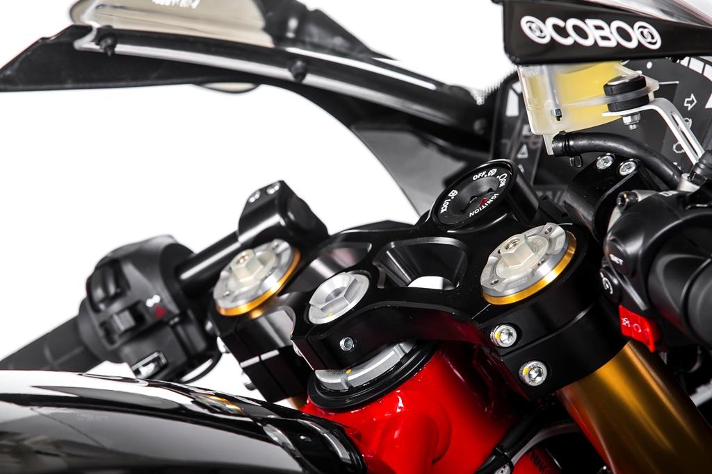 energica_ego_sport_black_electric_motor_news_03