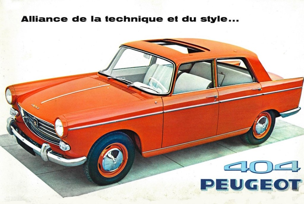 PEUGEOT-404-ROUGE-TANGO-e-NUOVO-SUV-2008-60-SFUMATURE-DI-ARANCIONE-1