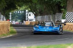 record_assoluto_goodwood_volkswagen_id-r_electric_motor_news_02