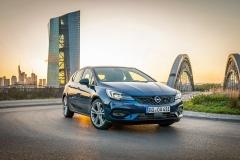 Opel-Astra-508382_0