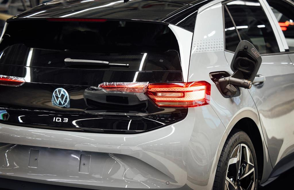 volkswagen_id3_zwickau_electric_motor_news_23