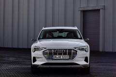 audi_e-tron_50_quattro_electric_motor_news_11
