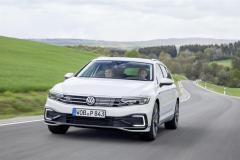 nuova_volkswagen_passat_gte_electric_motor_news_05