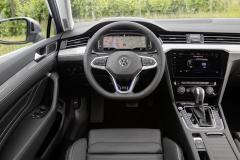 nuova_volkswagen_passat_gte_electric_motor_news_15