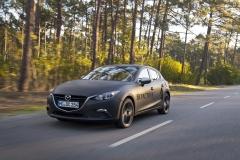 SKYACTIV-X_Porto_Driving_03_hires