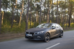 SKYACTIV-X_Porto_Driving_04_hires