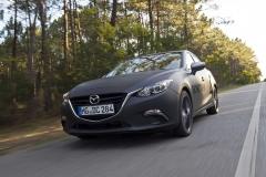 SKYACTIV-X_Porto_Driving_19_hires