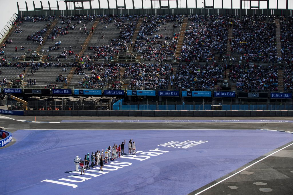2017/2018 FIA Formula E Championship. Round 5 - Mexico City ePrix. Autodromo Hermanos Rodriguez, Mexico City, Mexico. Saturday 3 March 2018. Drivers wave to the fans. Photo: Zak Mauger/LAT/Formula E ref: Digital Image _56I1309