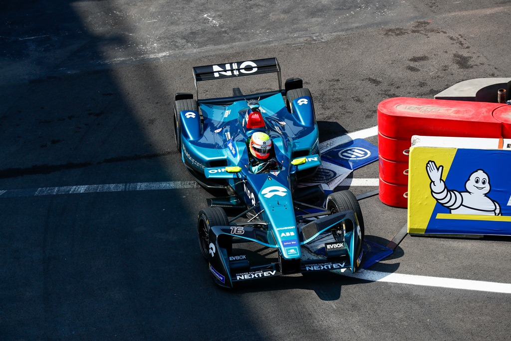2017/2018 FIA Formula E Championship. Round 5 - Mexico City ePrix. Autodromo Hermanos Rodriguez, Mexico City, Mexico. Saturday 03 March 2018. Oliver Turvey (GBR), NIO Formula E Team, NextEV NIO Sport 003.  Photo: Sam Bloxham/LAT/Formula E ref: Digital Image _W6I2426